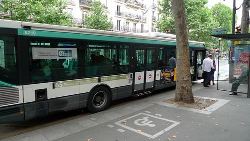 bus RATP accessible handicapé (PARIS,FR75)
