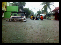 St. Michael Homes by Ondoy (>Wallace<) Tags: flood wallace baha iphone btb bagyo ondoy pesost gettyimagesphilippinesq1