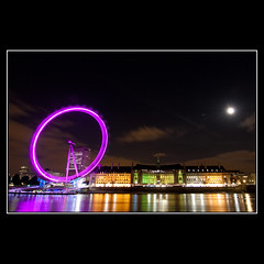 London eye (Mr.GG) Tags: moon london night nightshot londoneye mrgg canon50d ggmgl ganulzii