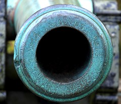 Big Old Gun (StephenReed) Tags: atlanta metal circle georgia civilwar battlefield patination battleofatlanta civilwarcannon nikond80