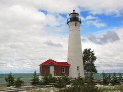 Crisp Point Lighthouse (Tim Veenstra) Tags: lighthouse crisppoint greatlakeslighthouse lakesuperiorlighthouse crisppointlighthouse