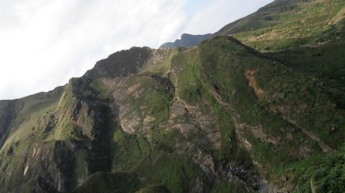 060.半平山絕壁