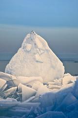 Icy detail (KennethVerburg.nl) Tags: winter lake ice nature netherlands landscape frozen meer bevroren nederland natuur polder flevoland januari landschap almere zonsopgang ijs ijmeer canoneos5d