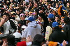 To get a glimpse of the Trophy (Deepak & Sunitha) Tags: pittsburgh nfl super bowl victory parade title superbowl sixth celebrate 2009 steelers champions grantstreet gosteelers terribletowel herewego steelernation xliii sixburgh slashd