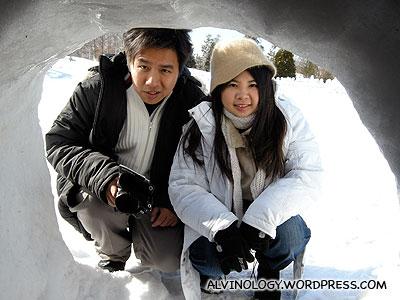 Mark and Meiyen peeking in