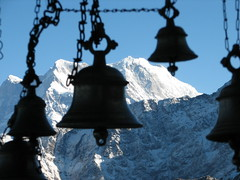Tunganath, Uttaranchal, India (Marc_P98) Tags: morning sunlight india snow ice silhouette rock temple bell uttaranchal himalaya shiva hindu hinduism tunganath