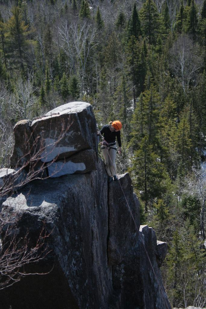 Escalade à l'Aiguille du Parc Régional Dufresne