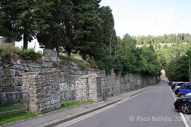 Via delle Mura Etrusche. © Paco Bellido, 2009