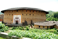 Tulou ( Ancient apartments)   (Melinda ^..^) Tags: life china brown house building brick heritage home architecture apartment live cluster chinese culture mel melinda fujian hakka tulou     chanmelmel hakkatulou