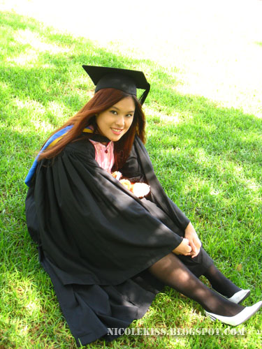 graduation photo_solo on grass