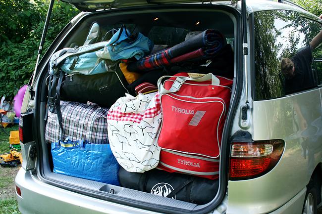 650 20090828 camping01