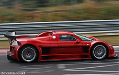 Gumpert Apollo. (RichardBrunsveld.com) Tags: slr race speed canon germany eos is track fast automotive racing september richard 12 dslr apollo circuit 2009 scuderia efs supercar automobiles digest nordschleife nrburgring gumpert hanseat vechicles 55250 autogespot 1000d brunsveld