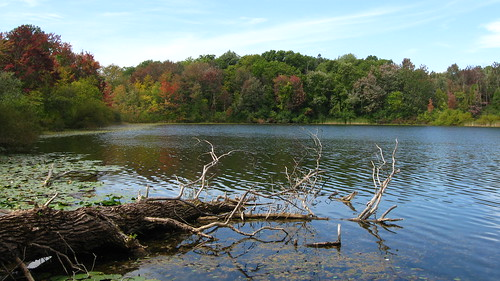 Changing colors on Third Sister Lake