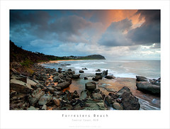 Forresters Beach on Sunrise (matt lauder gallery) Tags: beach canon matt landscape coast exposure mark central ii 5d blend lauder forresters