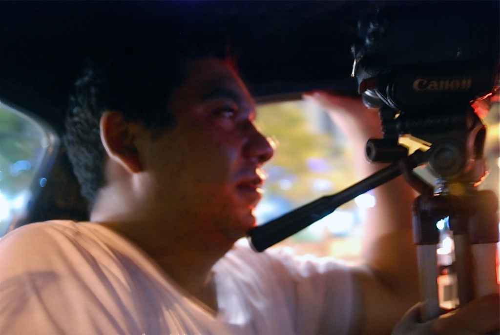 Vivek Thakur shooting from Auto rickshaw