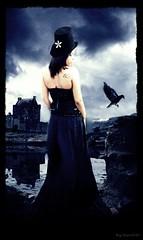 Iluso (Angel_Surface) Tags: angel goth imagens surface piercing corao tatoo ankh wicca corvo montagem seres gtica pentagrama iluses misticos tatuagens corvos monstagens