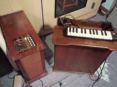 Wurlitzer Sideman, Mass-Rowe Vibrachime (JoeMcGinty) Tags: brooklyn analog studio rhodes hammond arp recording moog wurlitzer oberheim stylophone mellotron