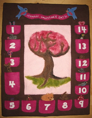 Calendar with everyone peeking