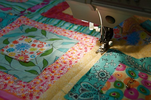 quilting the ragged squares quilt