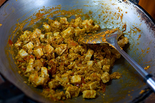 Making thua foo khua, a tofu dish from Mae Hong Son