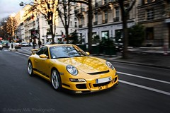 GT3 - Montaigne Avenue (Amaury AML) Tags: auto road street light paris france reflection art cars car speed canon photo automobile martin wheels automotive ferrari voiture exotic porsche yelow avenue polarized tamron rue panning lamborghini luxury rare supercar v8 luxe aston av vantage exotics supercars montaigne v12 gt3 panned amaury vendme aml porsches laparra 40d carsighting