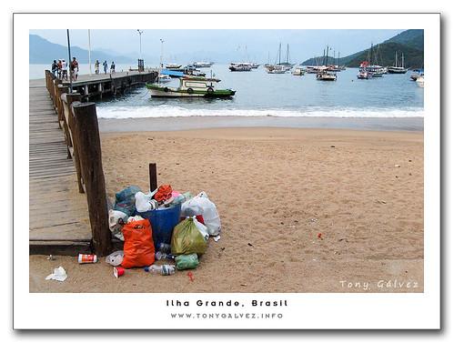 basura en Ilha Grande