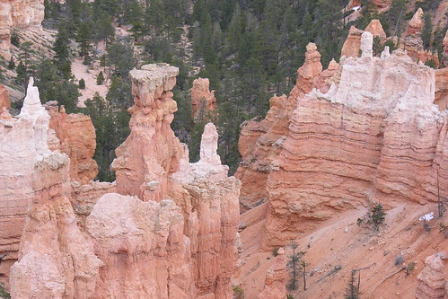 Inspiring spires at Bryce Canyon