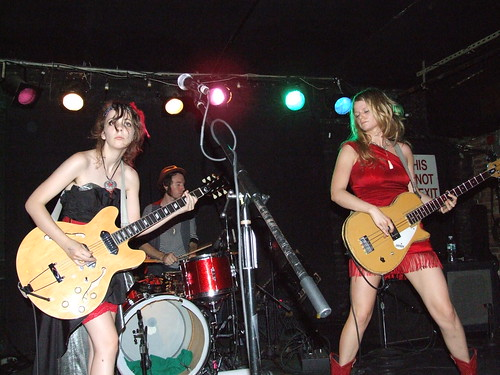 Those Darlins - Mercury Lounge, NYC 7-9-09