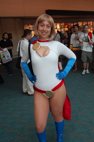 Comic Con 09: Power Girl