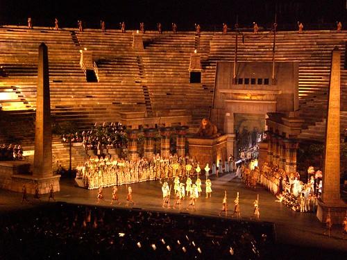 Die Opernaufführung AIDA in der Arena von Verona