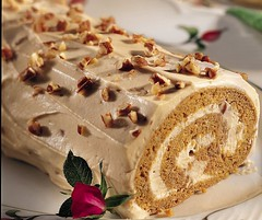 Spiced Pumpkin Praline Roll (Betty Crocker Recipes) Tags: autumn fall leaves rose pumpkin recipe dessert spiral roll creamcheese whiteplate entertaining bettycrocker pecans praline yellowcake spicedpumpkinpralineroll