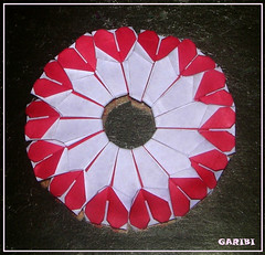 Ring of Hearts, Valentine's Day special (garibi ilan) Tags: origami day modular valentines