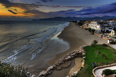 Sperlonga landscape, the beach (Giancarlo Mella (OFF)) Tags: sunset sea italy panorama seascape beach colors clouds canon landscape geotagged europe italia tramonto mare colore cielo digitalcamera paesaggi soe spiaggia hdr lazio sperlonga fiatlux canon1022 photomatix 50d eos50d canoneos50d giancarlomella olétusfotos