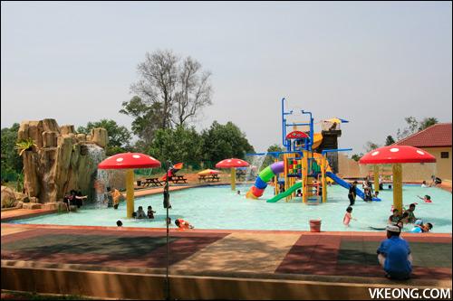 water-theme-park