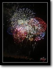 Noche de Magia en San Fernando (Alberto Jiménez Rey) Tags: colour de fire san fireworks feria colores alberto leon manuel cadiz rey fernando lucia martinez isla 2009 fuegos artificiales tapia jimenez albjr