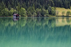 Walchensee (luzzzelmann) Tags: reflection nature germany landscape bayern deutschland bavaria raw quiet natur tlzerland 300mm walchensee jachenau 50faves a 35faves 25faves k100d superaplus aplusphoto holidaysvacanzeurlaub luzzzelmann schloddiewatt theperfectphotographer alleinefotomacher grnzoix jofrrrailie