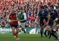 here's rocky (jormook) Tags: park semi v final 2009 munster leinster croke hcup
