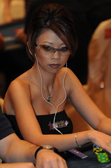 back in action (Liz Lieu) Tags: liz ipod macau pokertournament lieu lizlieu pokerdiva propokerplayer chilipokercomambassador aptmainevent