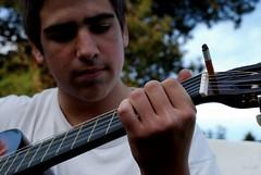 Vittorio . (C. Scarsi) Tags: music macro guitarra sing música cigarrillo