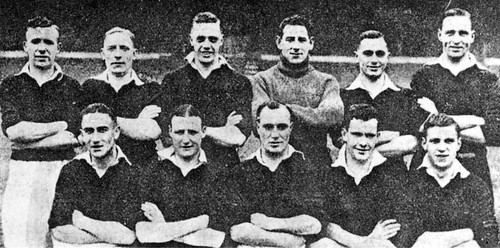 Manchester United 1937-38 team photograph