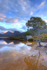 Cradle Mountain Tasmania (AdamNoosa) Tags: park sunset mountain lake reflection tree gum boat dove shed national eucalypt tasmania cradle