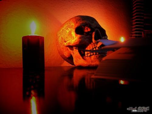 A la Luz de la Muerte