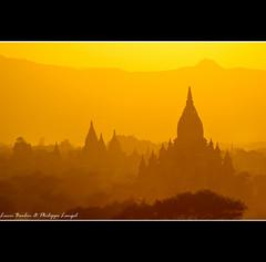 Sunset in Bagan (Lucie et Philippe) Tags: sunset sun soleil burma coucher sunsets myanmar philippe coucherdesoleil birmanie langel superaplus aplusphoto sunsetmania bestofmywinners mygearandmepremium mygearandmebronze mygearandmesilver mygearandmegold mygearandmeplatinum blinkagain