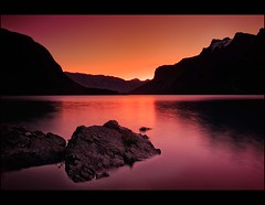 Before dawn! (mcazadi) Tags: light lake canada water colors sunrise dawn rocks with please tag before alberta banff sensational bec visualart supershot bej fineartphotos abigfave flickrdiamond ysplix theunforgettablepictures overtheexcellence theperfectphotographer goldstaraward multimegashot rubyphotographer