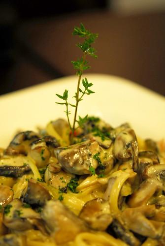 Mushroom cream sauce pasta - DSC_1151