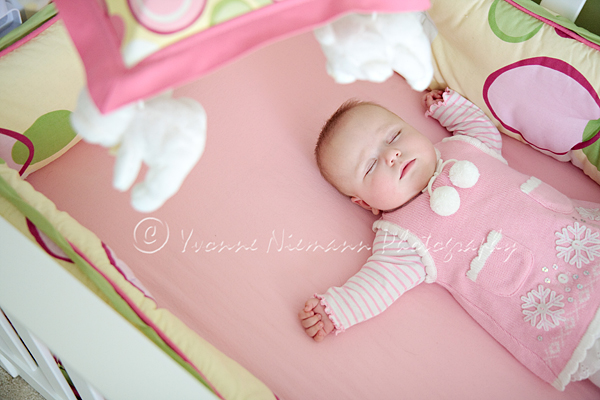 Lil' Miss Ella Turns Four Months! | Ballwin Baby Photographer% category
