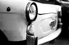 * (Ilaria ♠) Tags: bw analog vintage fiat ilfordhp5 genova hp5 macchina ilford praktica biancoenero bianchina vecchia 50mmf18 ilfordhp5plus bc1 autaut