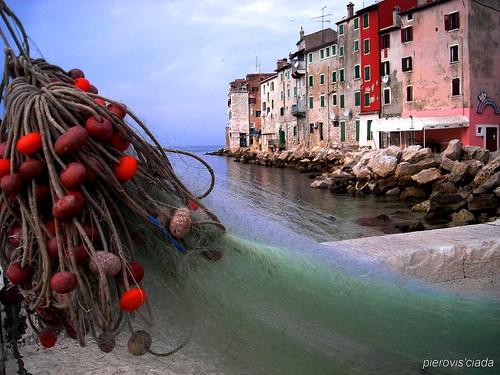 ISTRIA, ROVIGNO... paron Toni, pescatore, aveva una barca... el viva òuna batana...