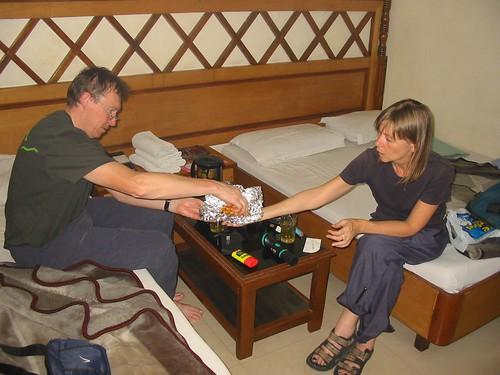 Avondmaal op kamer met Suzy en Thee