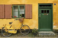 Number 17 - Copenhagen - Denmark (PascalBo) Tags: street door window bike bicycle yellow wall architecture jaune copenhagen denmark nikon europe capital cycle porte capitale scandinavia rue bicyclette mur danmark fenêtre vélo københavn danemark copenhague d300 nyboder scandinavie 123faves pascalboegli lpfacades